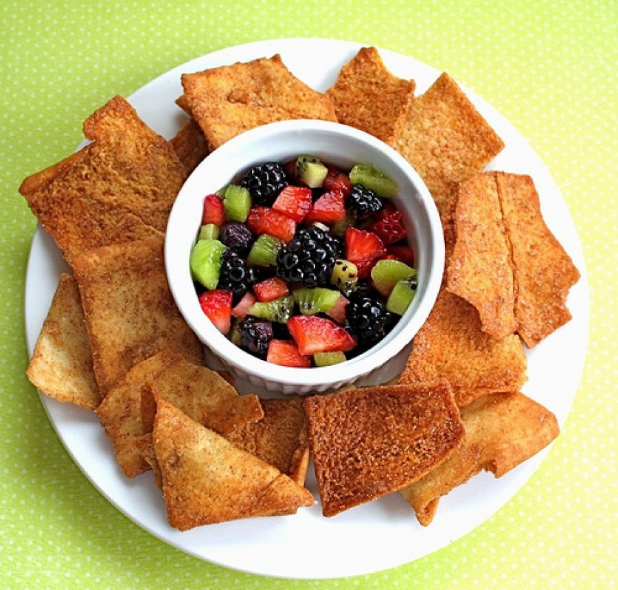 Fruit Salsa 'n' Sweet Chips