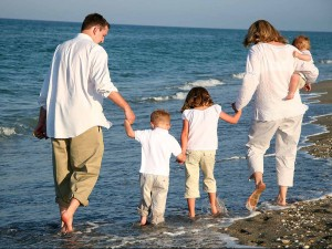 Joint Family System; Its Advantages and Disadvantages