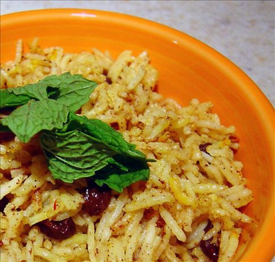 Middle Eastern Raisin Rice