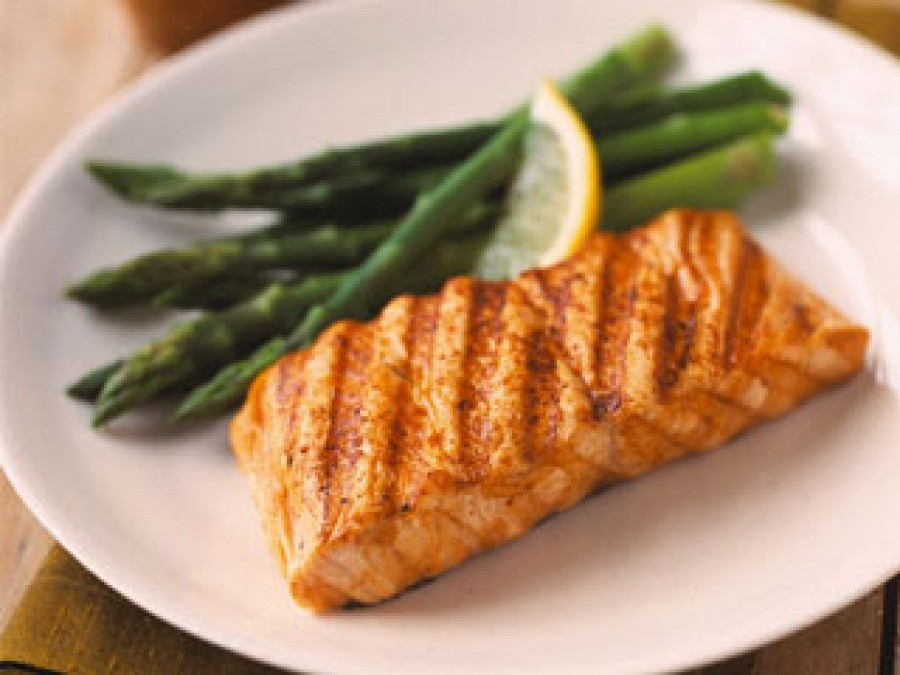 Is it safe to eat fish and other seafood when I'm pregnant?